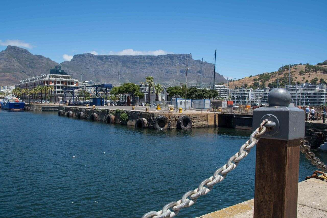 Cape Town & Table Mountain from V&A Waterfront